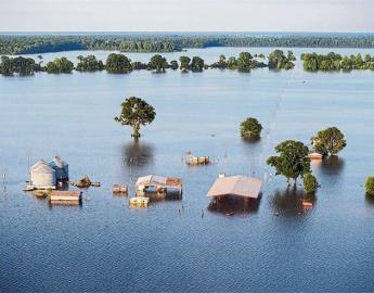 Ecosystems altered by climate change, a underwater farm in the Mississippi delta. ©LA NACION
